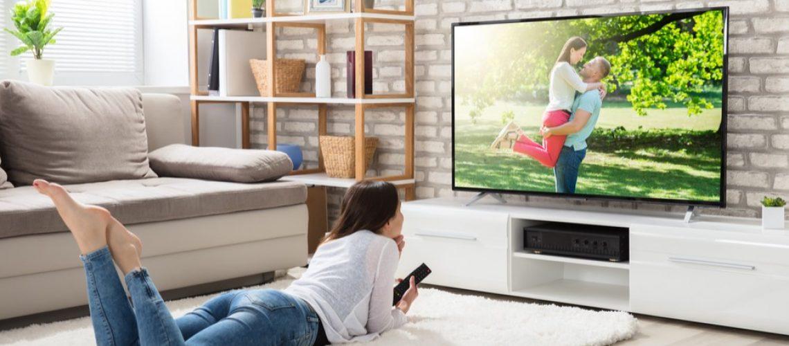 On dit qu'un jour prochain, le digital supplantera la télévision. Alors Digital ou TV pour les marques ? Pourtant ces deux médias différents sont parfaitement complémentaires.